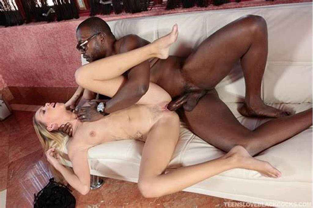 #Tiny #Titted #Hollie #Mack #Sucks #Big #Black #Cock #& #Gets #Hard #Anal #Fucking