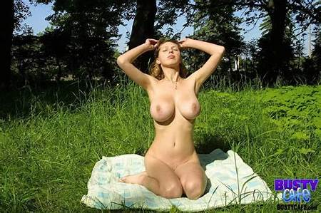 Lady Teen Nature Nude