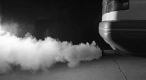 Fumée Noire Moteur Diesel : pourquoi ma voiture fume blanc noir bleu ~ Medecine-chirurgie-esthetiques.com Avis de Voitures