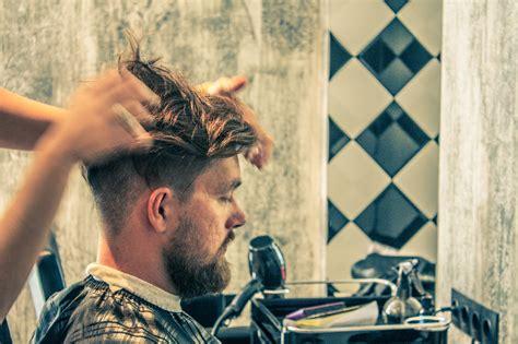 Vīriešu frizētava salons, vīriešu frizieris, vīriešu ...