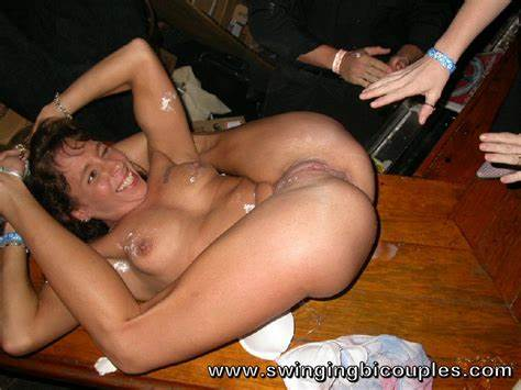 Swingers Nailed Peeing Mmf People Arranged A Orgy Orgies With Lot Of Spunk