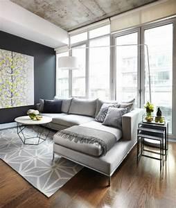 Teppich Unter Sofa : moderne sofas wie viele arten von sofas kennen sie ~ Frokenaadalensverden.com Haus und Dekorationen