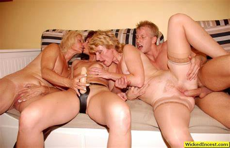 Kinky Babysitter With Large Nipple M22 Father Screwed His Models