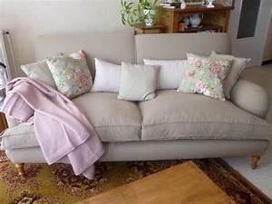 salon anglais en tissu homeezy With tapis bébé avec canapé anglais tissu
