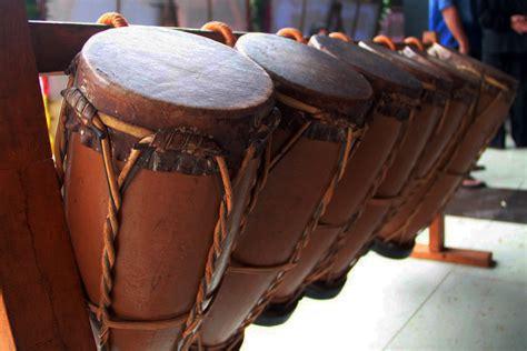 Lengkap tata cara sholat   niat, bacaan sholat, sampai dzikir. 40+ Contoh Alat Musik Tradisional Sumatera & Cara ...