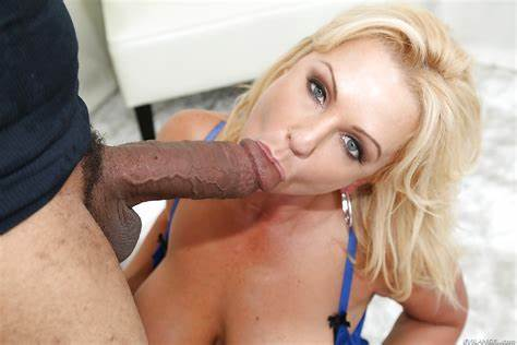 Blowjobs Cumshots Large Dicks Blondes Over 30 Vixen Bad Alysha Giving A Large Native Pole
