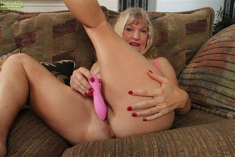Pink Milfs Toying Her Hairy Vagina