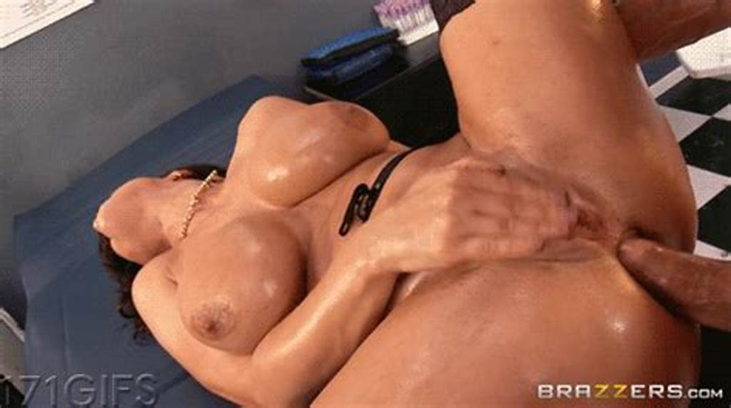 #Lisa #Ann #Rubbing #Her #Hard #Clit #While #Getting #Her #Ass