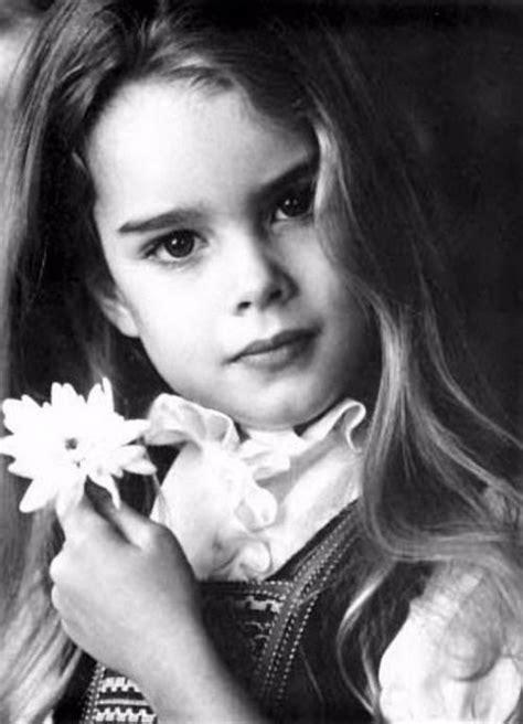 View pretty baby (1978) by garry gross; Brooke Shields | Brooke shields, Brooke shields young, Brooke