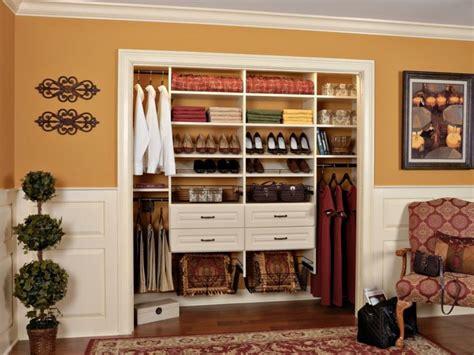 faire un dressing dans une chambre faire un dressing petit espace dans chambre ideeco