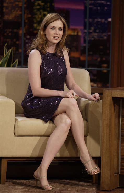 foto de Jenna Fischer crossed legs Best Celebrity Legs in High