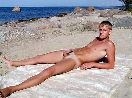 Hot Nude Teenage Dudes
