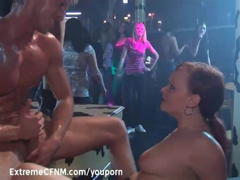 Lover Wanks In Front Of Kinky Amazing Fuck Posing Guys Jerk Off For Mommiesmommie