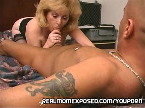 Mature White Craves A Small Penis