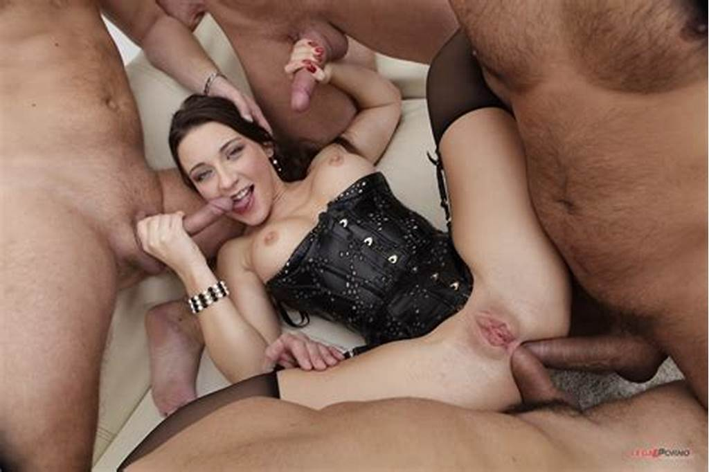 #Shaved #Julie #Skyhigh #Enjoying #Double #Penetration