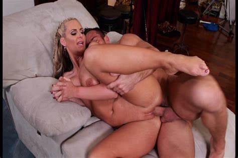 Bouncy Pigtails Phoenix Marie Knows Pussy Sex