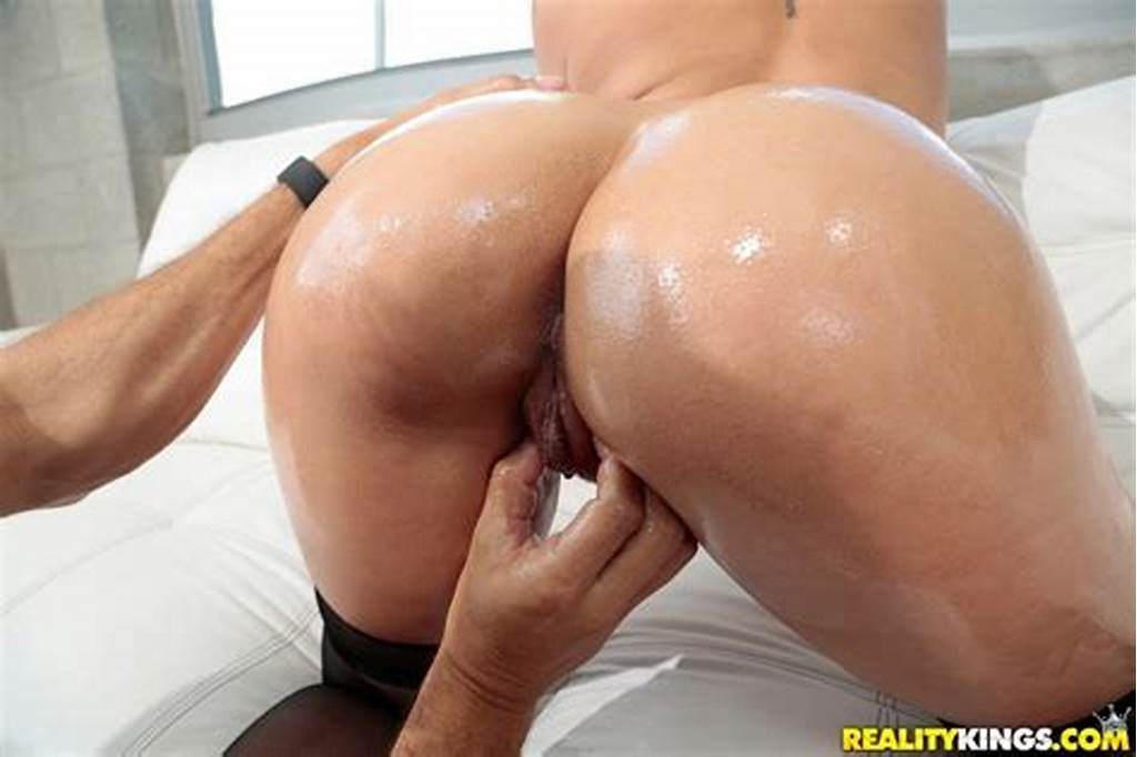 #Veronica #Dean #Fucked #In #Stockings