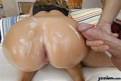 Blonde Pounding By Blondes