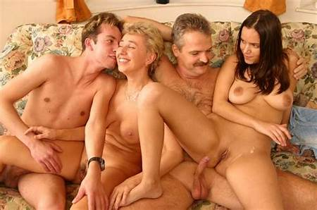 Family Photo Nude Teens