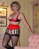 Mature women in lingerir