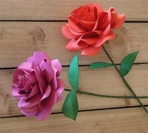 Rosen Selber Basteln : stilvolle rosen aus papier falten ideen und anleitung ~ Lizthompson.info Haus und Dekorationen