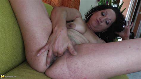 Solo G Small Titties Are Breatht roxanna v