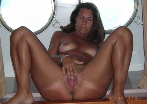 Hairy Adelle Likes Beautiful And