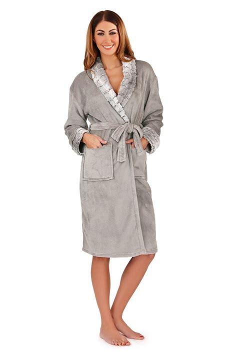 robe de chambre chaude femme 17 meilleures idées à propos de peignoir polaire sur