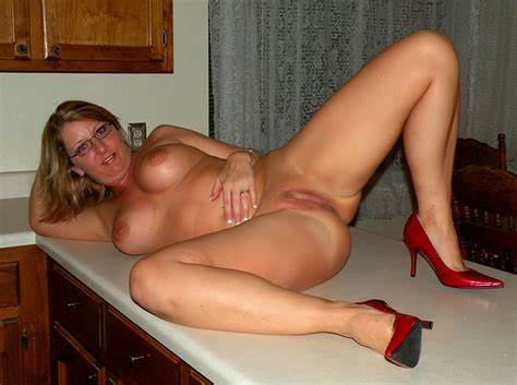 Amazing Wives Sex Neighbor