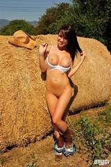 Rate country girls naked