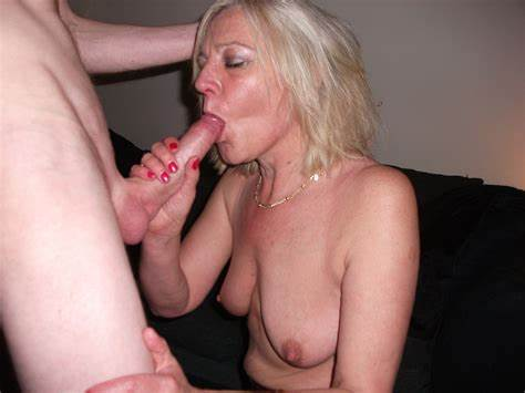 Blonde Man Taking His Gf In Her Assfuck Makes Facials