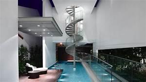 Maison Moderne Avec Une Magnifique Piscine Int U00e9rieure