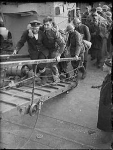 Escort A Dieppe : british troops await evacuation from the beaches of dunkirk france may 1940 wwii on the ~ Maxctalentgroup.com Avis de Voitures