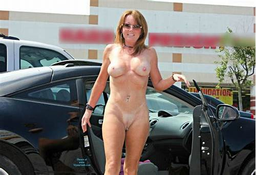 Ukrainian Prostitutes Doing Their Job #Naked #Redhead #Out #From #The #Car