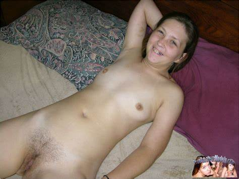 Unbelievable Teenager Self Snatch Playing Cam Kitty Videos And