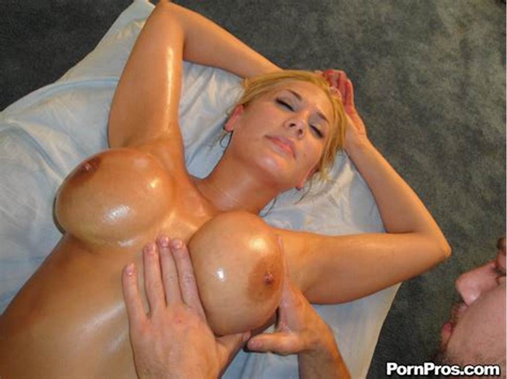 #Oiled #Up #Blonde #Alanah #Rae #With #Huge #Tits #Gets #Her #Juicy