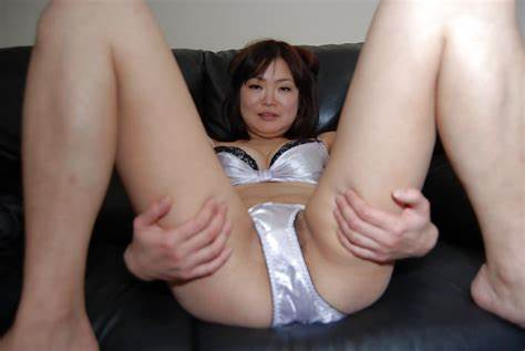 An Japanese Babes Drilled Off Her Clothes