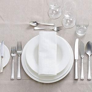 Tisch Richtig Eindecken : tisch eindecken so geht 39 s richtig ~ Lizthompson.info Haus und Dekorationen