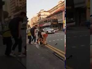 Girls fight on the Road| chinese girls fight in Singapore 2018